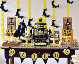 festa do batman simples decorada em preto e amarelo Foto Festejar
