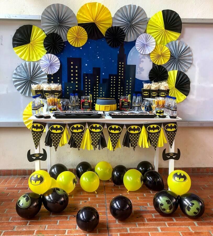 ideia de decoração para festa do batman simples Foto Ailoff