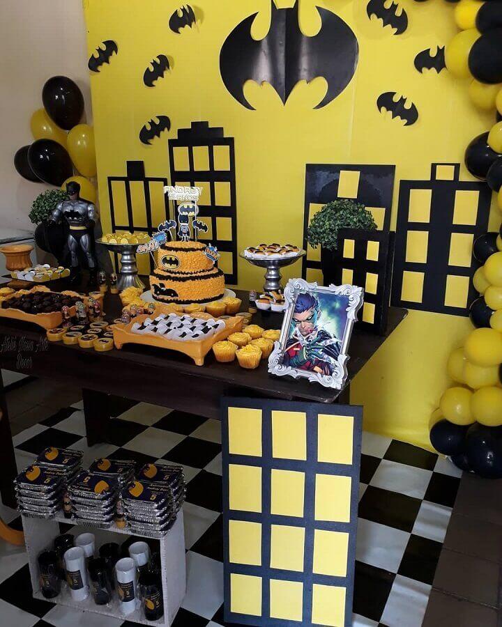 ideia de painel simples para festa de aniversário do batman Foto Ateliê Nossa Arte Decor