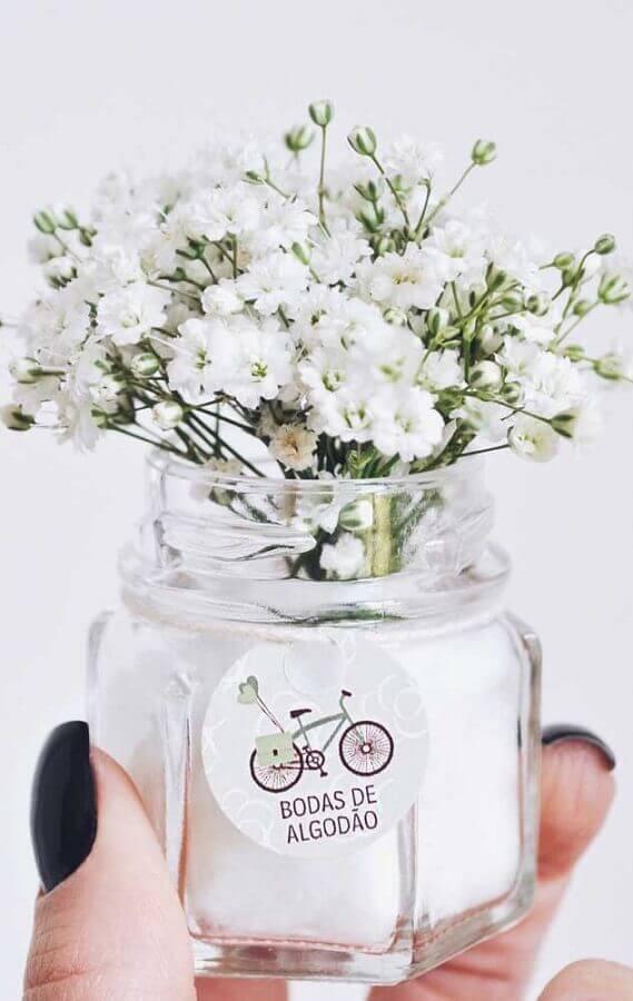 mini vasinho para decoração de bodas de algodão Foto Pinterest