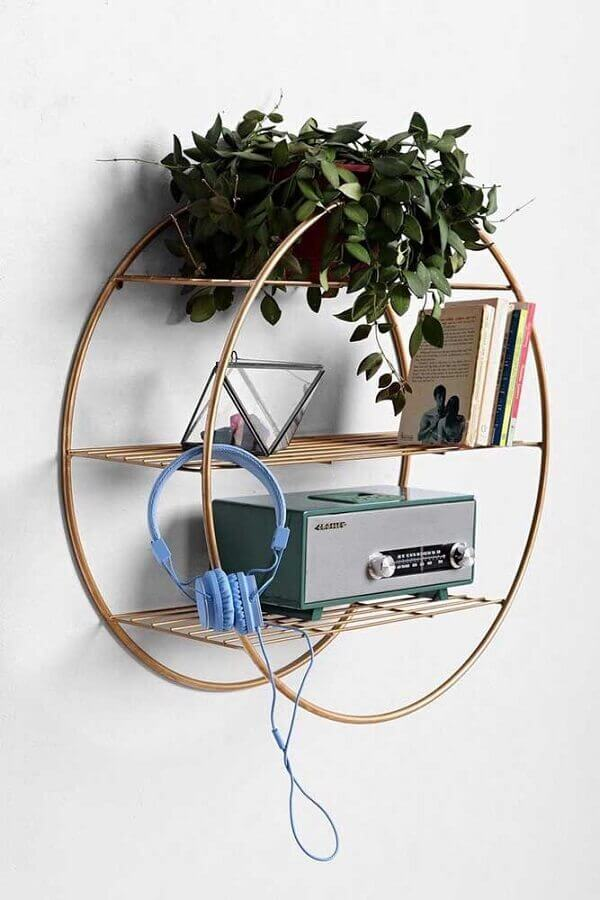 modelo de nicho redondo de metal Foto Wood Save