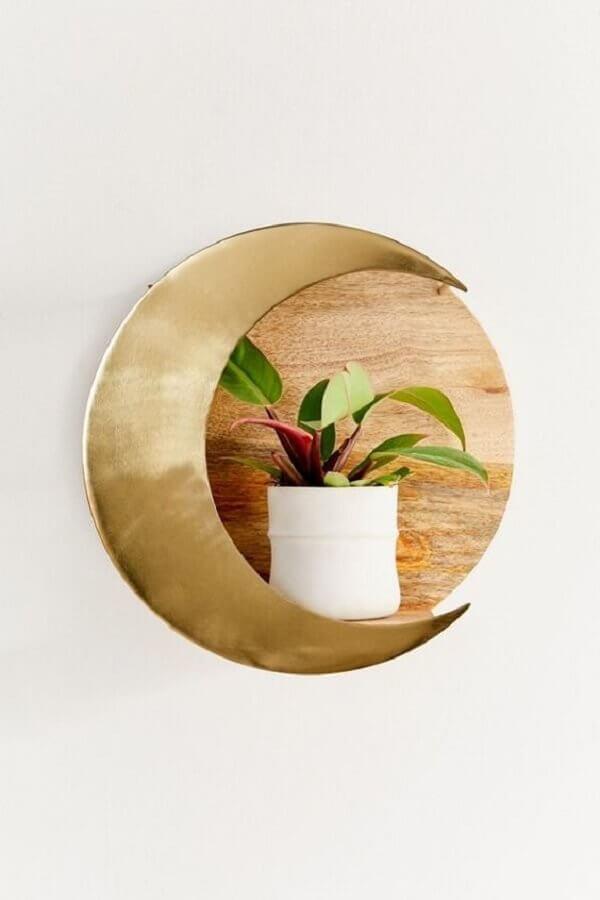 modelo diferente de nicho redondo feito em madeira e metal Foto Pinterest