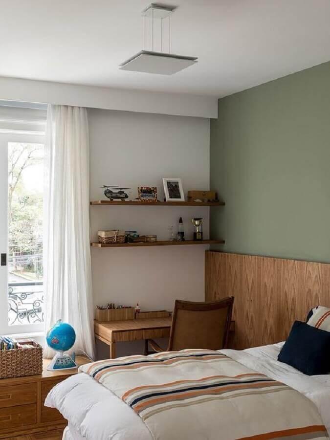 prateleira de madeira para quarto de casal Foto Casa de Valentina