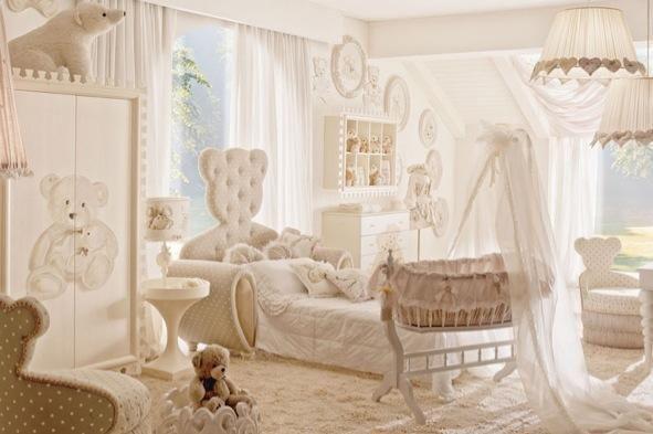 Decoração de quarto de bebê de luxo