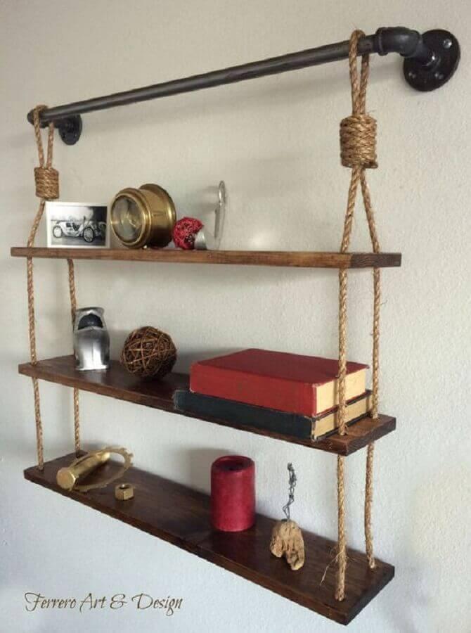 suporte para prateleira de madeira em corda e cano de pvc Foto Ferrero Art S Design