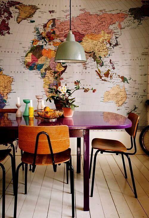 tinta para madeira - mesa de jantar de madeira roxa