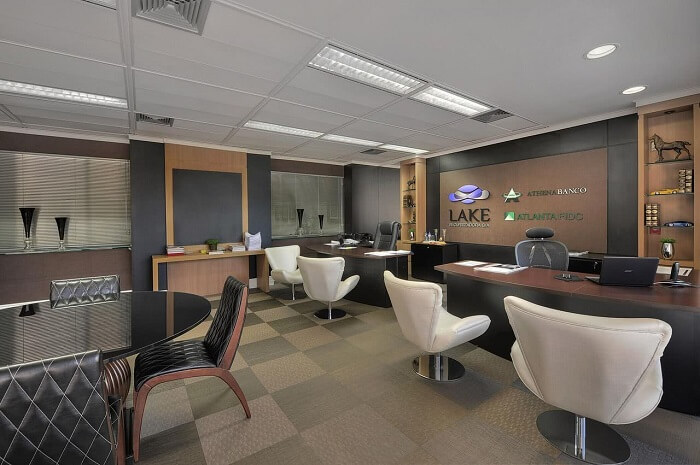 A cadeira para escritório segue a decoração do ambiente