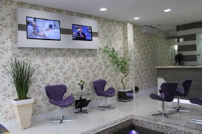 Cadeira para escritório do tipo recepção utilizada em consultório