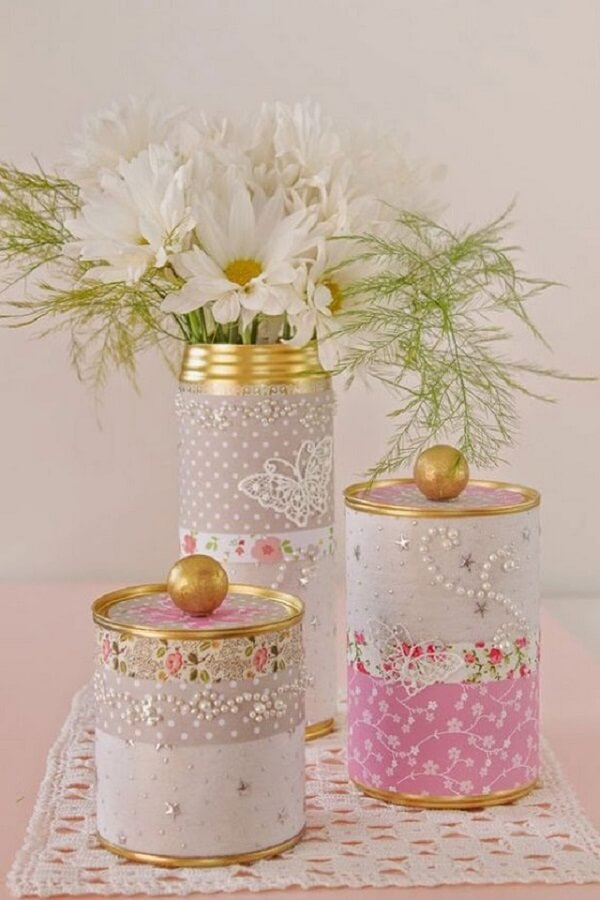 Decore vidros com miçangas, pedras e pedrarias