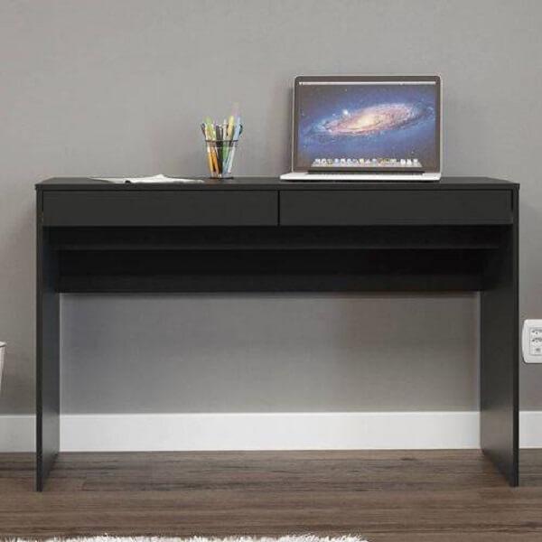 Escrivaninha com 2 gavetas retangulares superiores