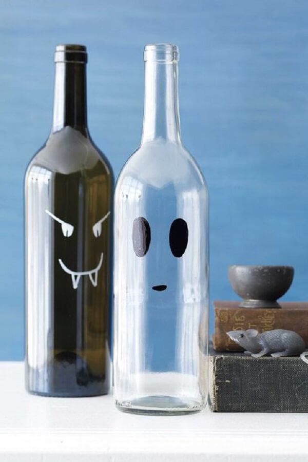 Garrafas de vinho de vidro decorado
