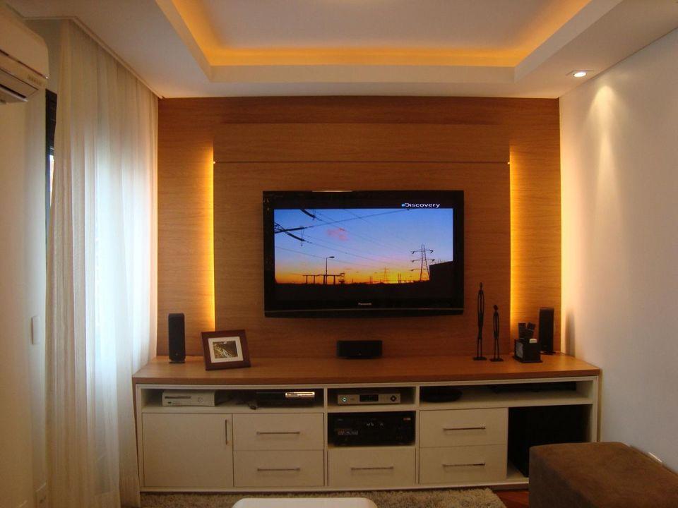 Home para sala - sala de estar com painel para tv com iluminação