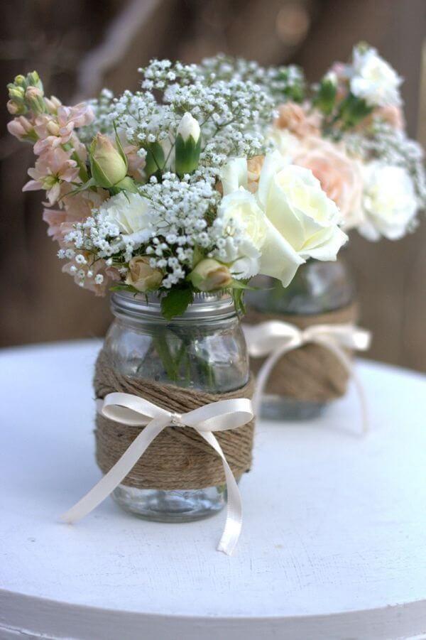 Potes de vidro decorados com juta