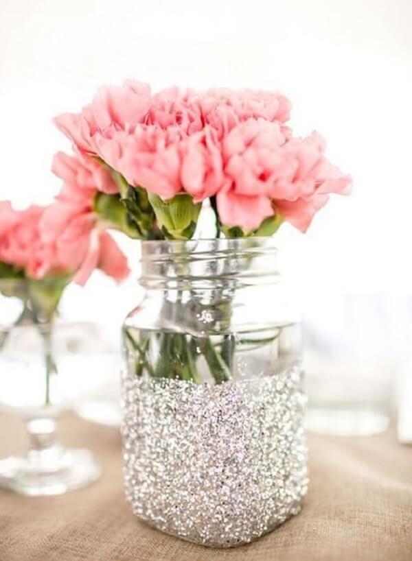 Potes de vidro decorados com purpurina prata