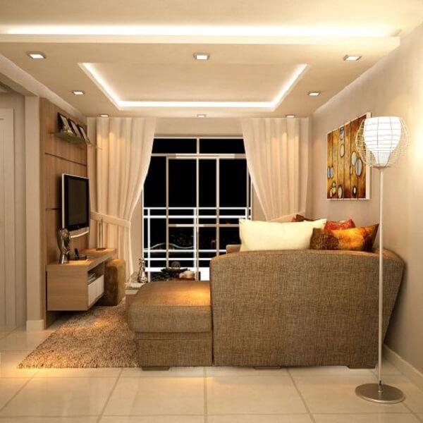 Sanca dupla com área de cortineiro iluminado