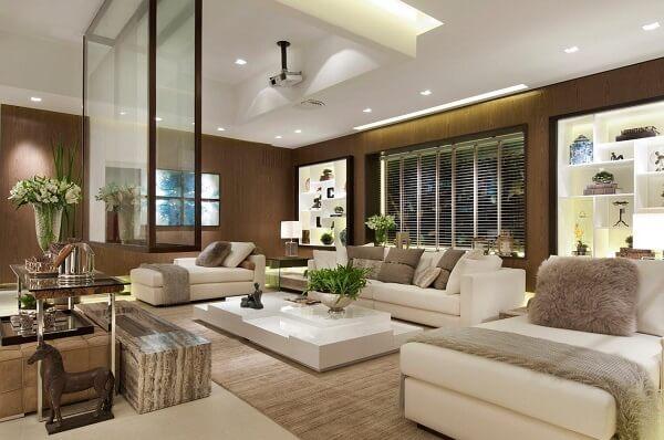 Teto de gesso com iluminação para sala de estar