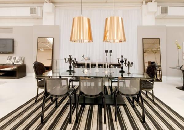 Traga o dourado na decoração da sala de jantar