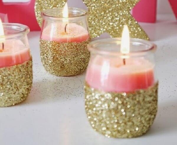 Vidro decorado com purpurina dourada