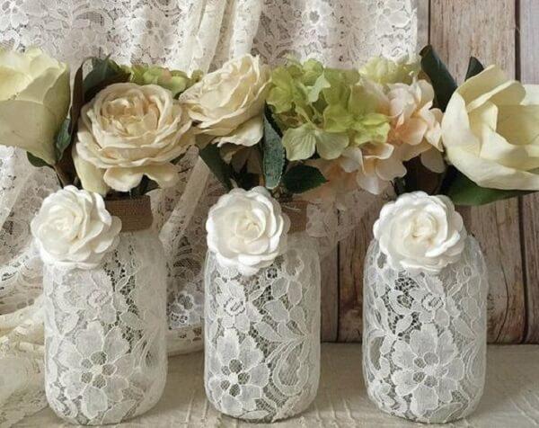 Vidros decorados com renda