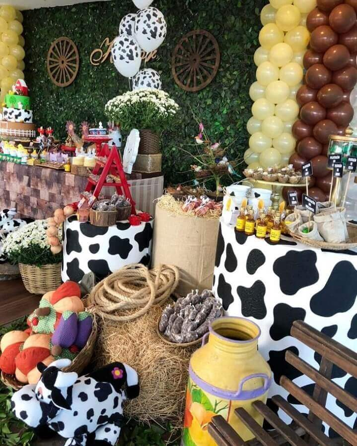 animal print and foliage panel for children's party decoration farmhouse Photo Chicboom Party Decoration