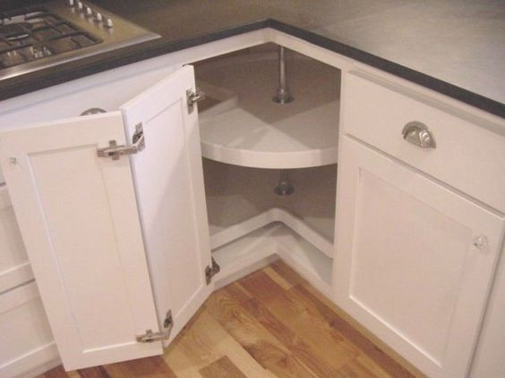 armário de canto - armário de cozinha com porta dupla e prateleira giratória