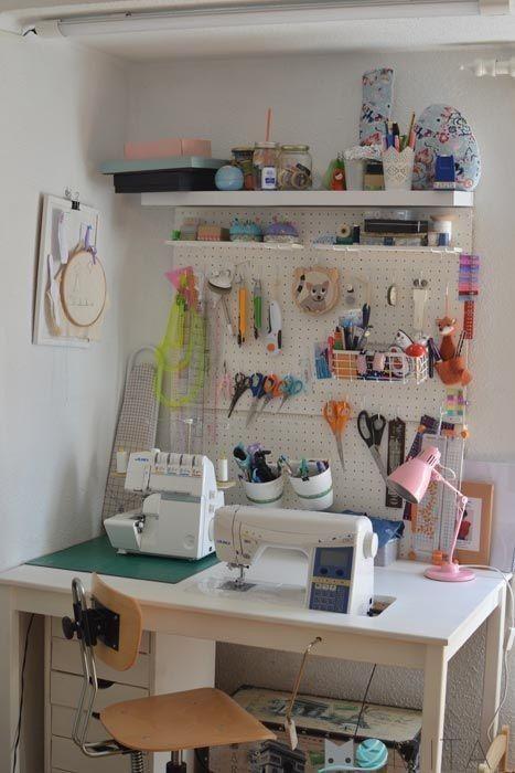 atelier de costura - ateliê com painel