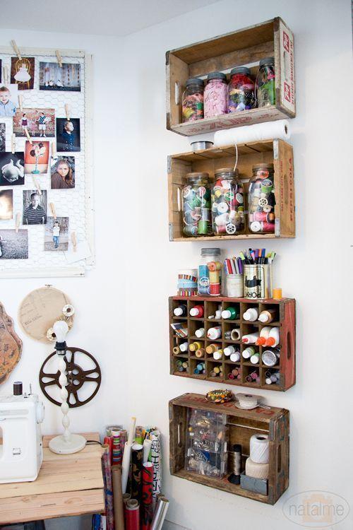 atelier de costura - ateliê de costura com caixotes