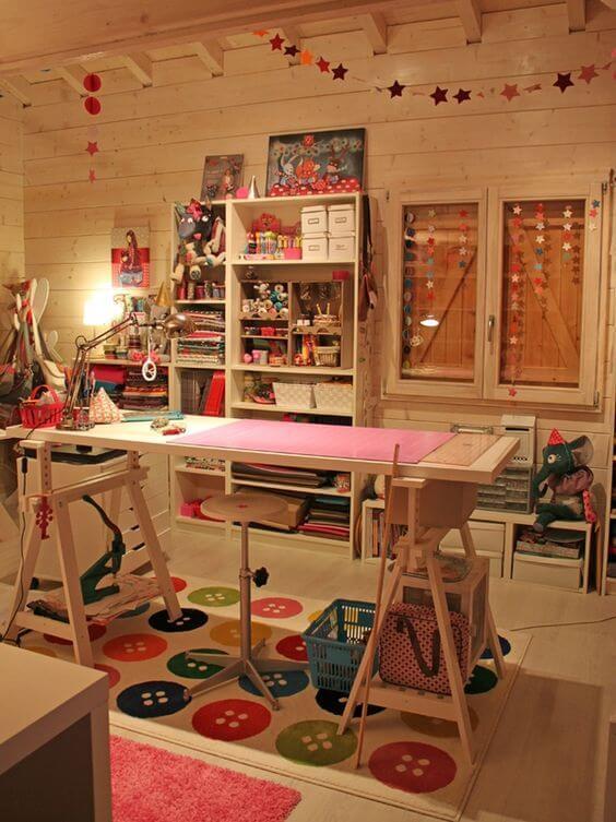 atelier de costura - ateliê de costura grande e decorado