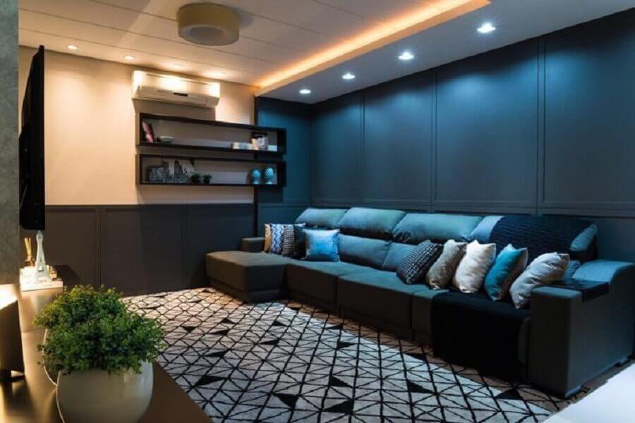 azul petróleo decoração para sala ampla e moderna Foto Thais Dalagnoli