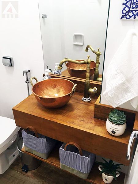 bancada de madeira - bancada de madeira em banheiro rústico