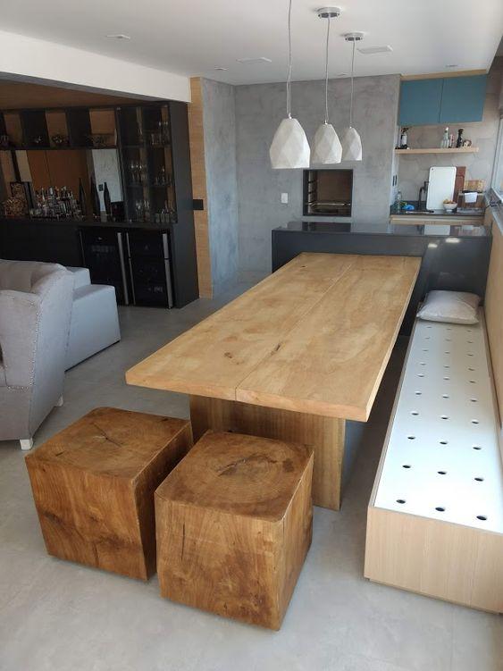 bancada de madeira - bancada e banco de madeira em sala de estar