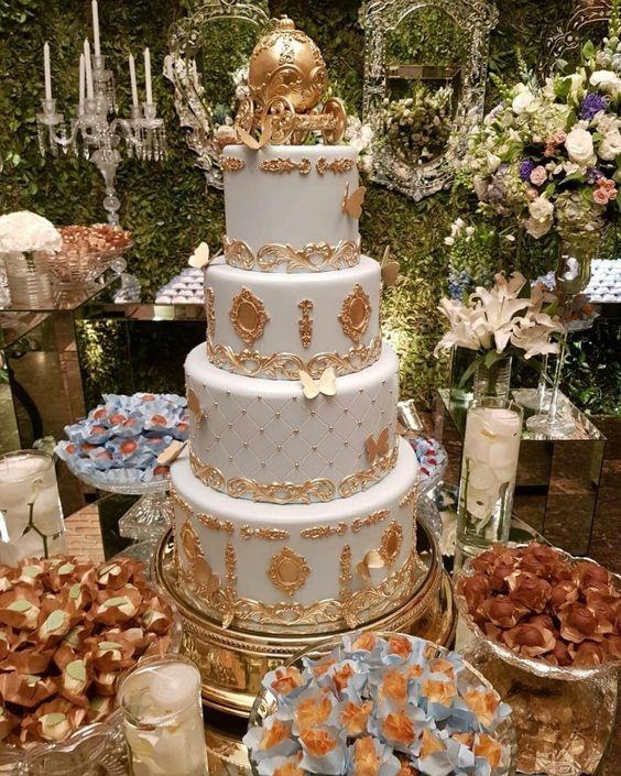 bolo de aniversário de 15 anos
