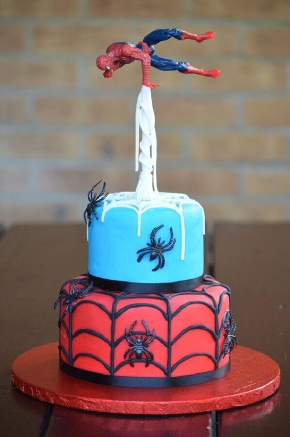 bolo personalizado para festa do homem aranha barata Foto Pinterest