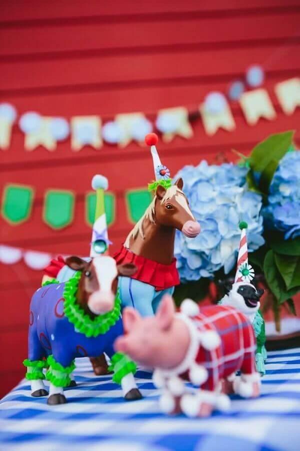 Animal toys for decoration farm party Photo Pinterest