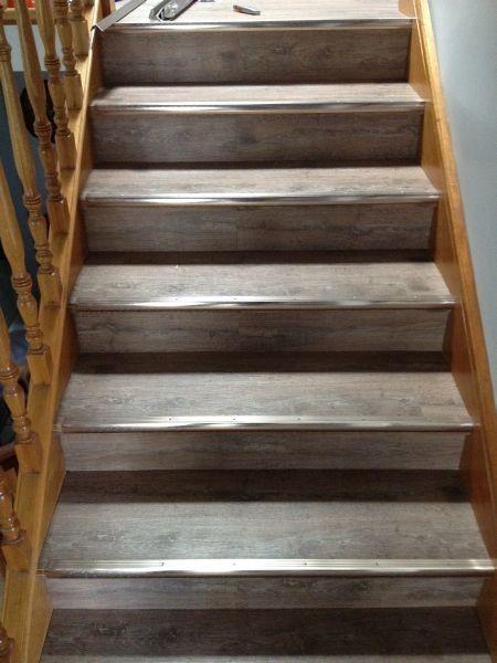 cantoneira - escada de cantoneira com metal antiderrapante