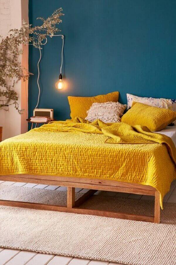 decoração azul petróleo e amarela para quarto Foto Mauricio Gebara Arquitetura