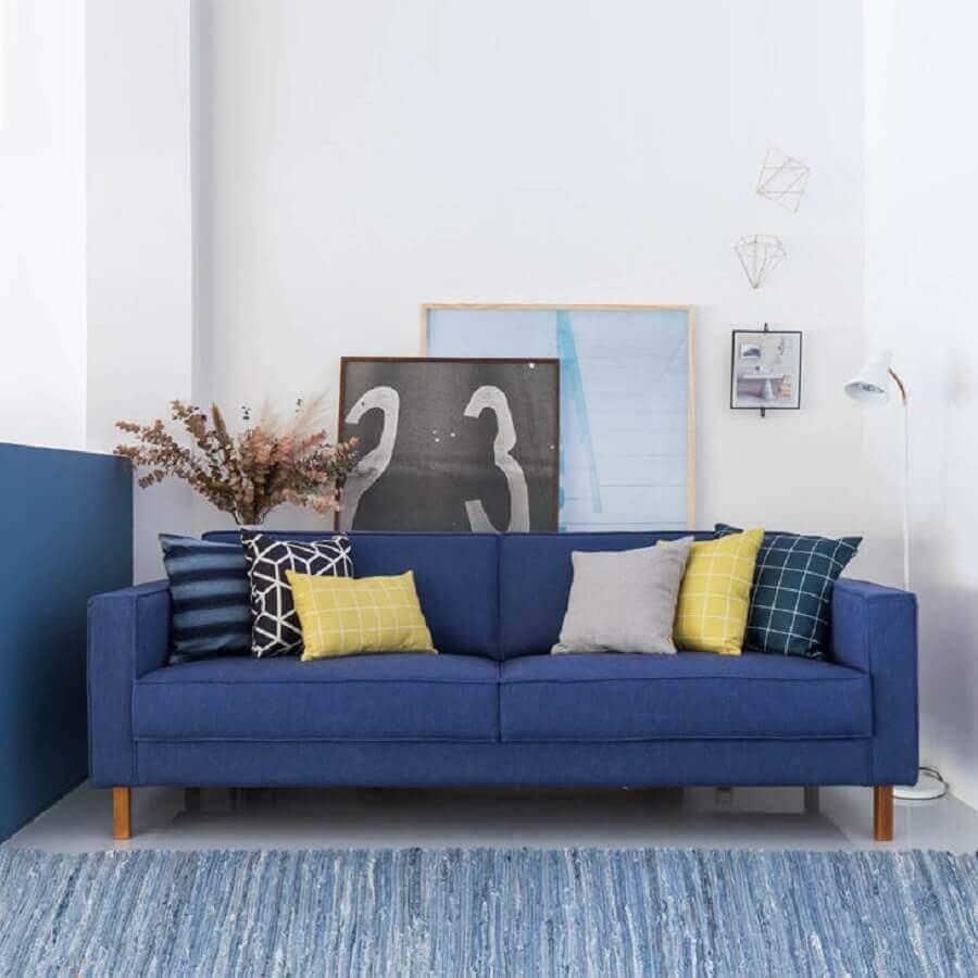 decoração clean para sala com sofá azul Foto Compre na Muma