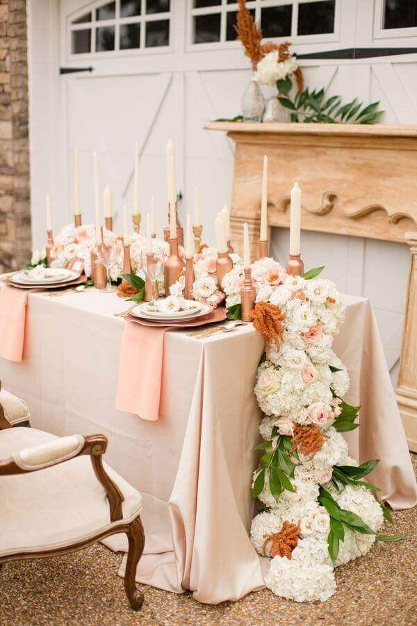 decoração em rosa pastel com Enfeite de Mesa para Casamento com arranjo de flores Foto Weddbook