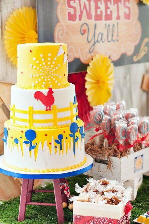 Party decoration ranch cake with personalized 3-story cake Photo Pinterest