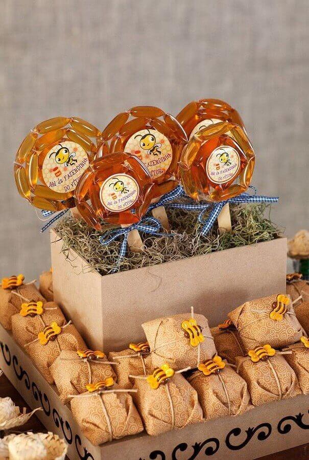 Party decoration fazendinha with honeyzinho Photo SistaCafe