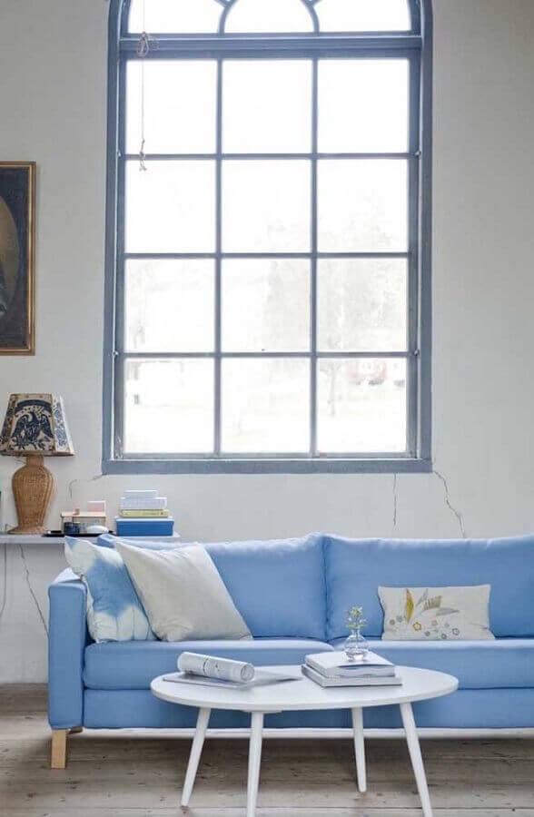 decoração simples com sofá azul claro Foto HappyShappy