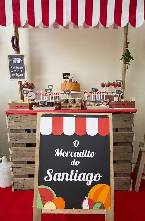 Simple and rustic decoration for little farmhouse party Photo A Minha Festinha