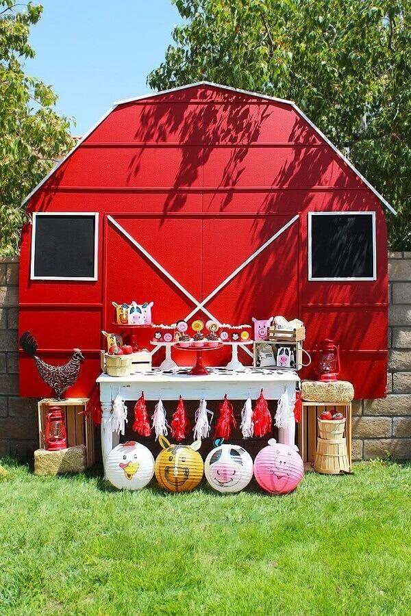 simple decoration for little farm party Photo Etsy