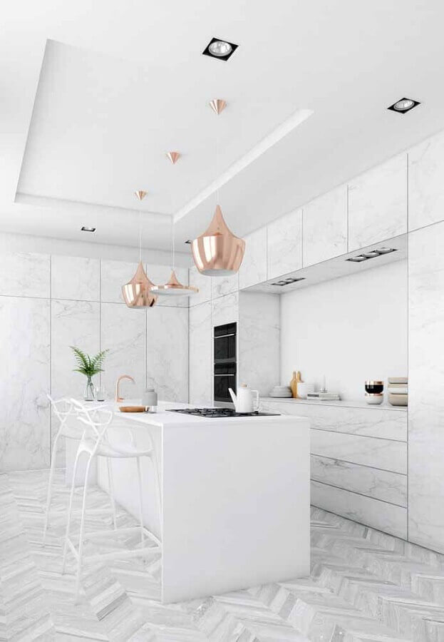 decoração sofisticada para cozinha branca com pendentes rose gold Foto Wood Save