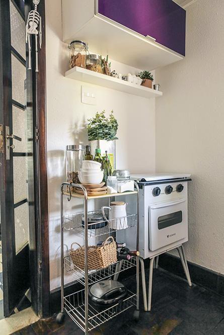eletrodomésticos para cozinha - cozinha simples com fogão retrô