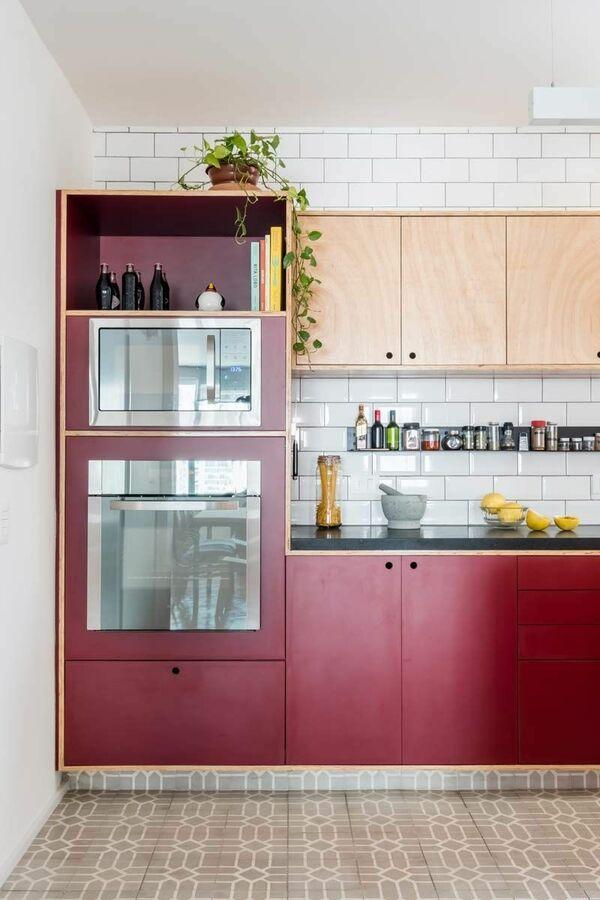 eletrodomésticos para cozinha - cozinha vermelha com marcenaria vermelha
