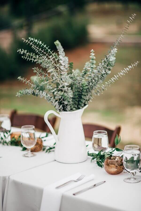 enfeite de mesa para casamento simples e fácil de fazer Foto Bridalore