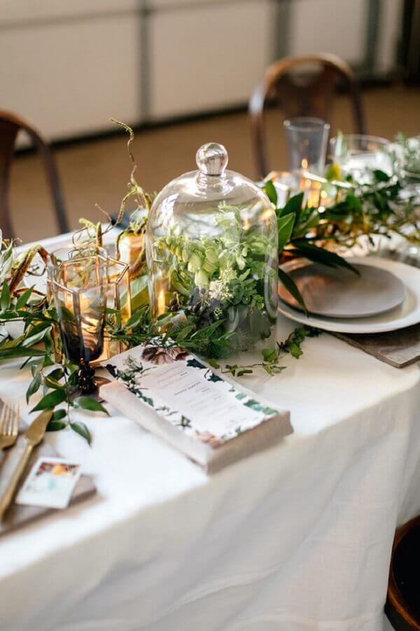 enfeites para mesa de casamento com muitas folhagens Foto 100 Layer Cake