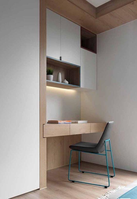 escrivaninha suspensa - escrivaninha ao lado de guarda roupa