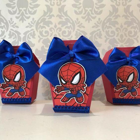 Festa do homem aranha com lembrancinhas simples
